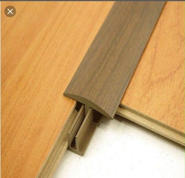 Cần lưu ý xử lý vấn đề mối mọt khi dùng gỗ làm chất liệu làm nẹp trang trí cho không gian sống
