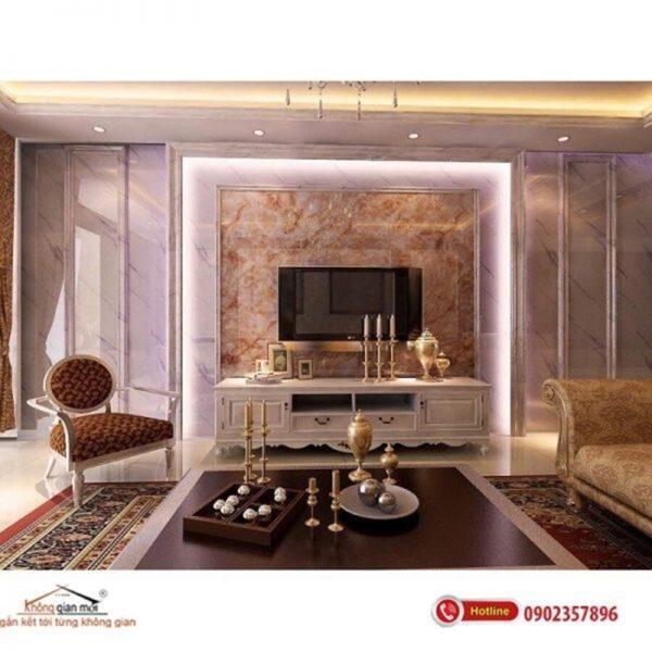 Những không gian sang trọng, chú ý thẩm mỹ thường sẽ ưu tiên chọn kim loại làm chất liệu làm nẹp trang trí